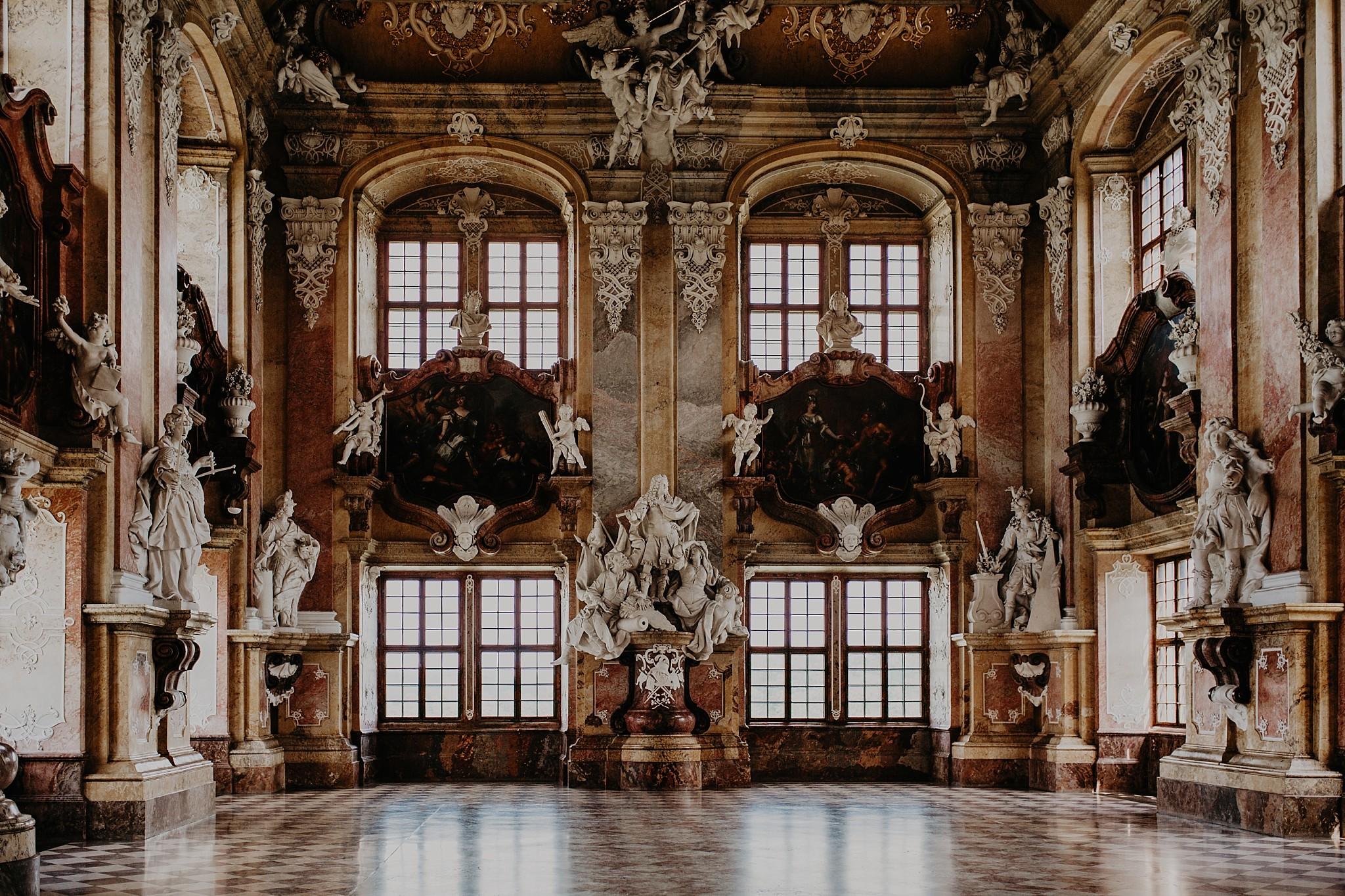 lubiaz opactwo cystersow sesja na zamku sesja zdjeciowa sesja slubna w palacu sesja palac fotograf z poznania fotografia slubna poznan 038
