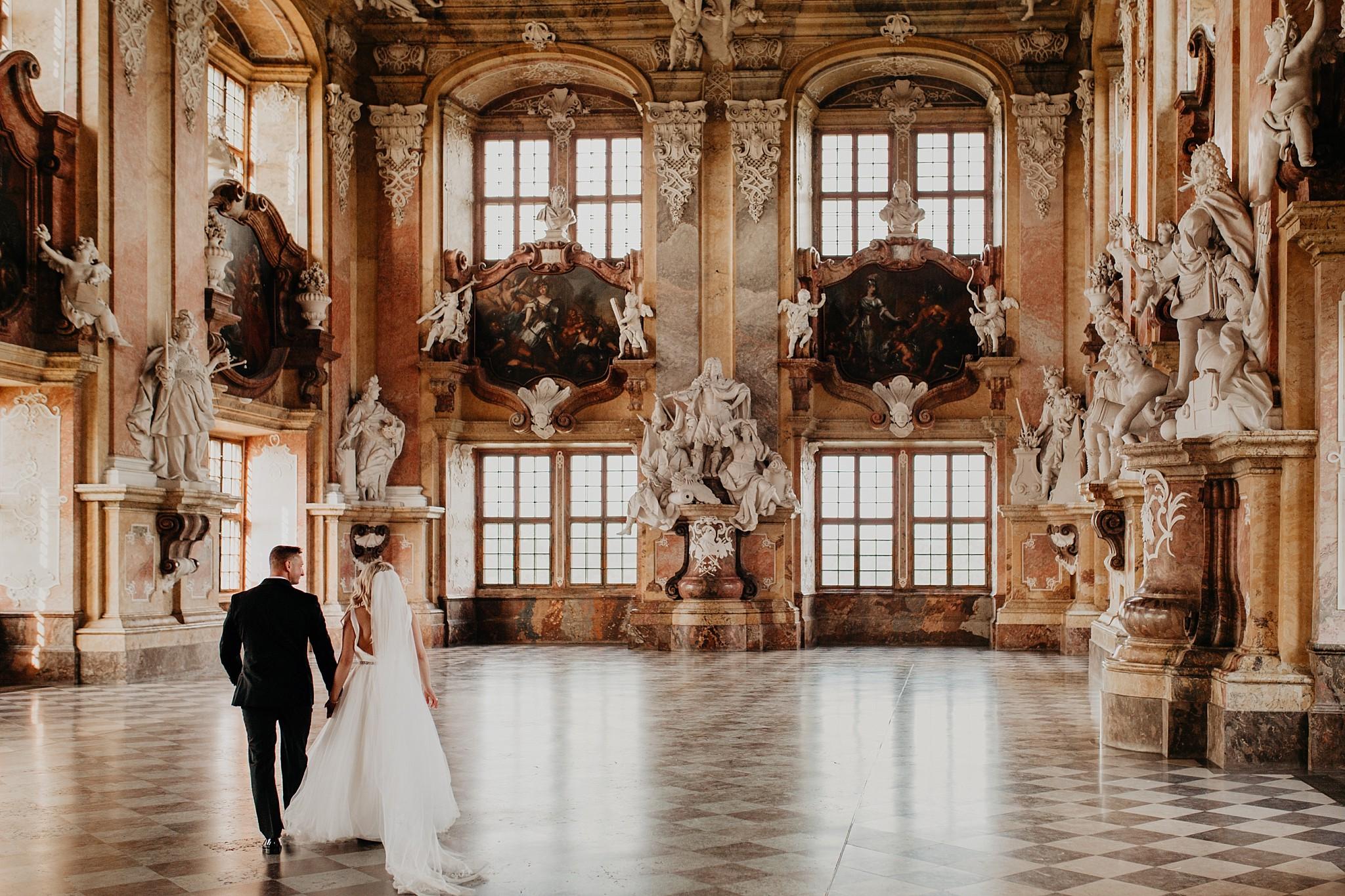 lubiaz opactwo cystersow sesja na zamku sesja zdjeciowa sesja slubna w palacu sesja palac fotograf z poznania fotografia slubna poznan 066