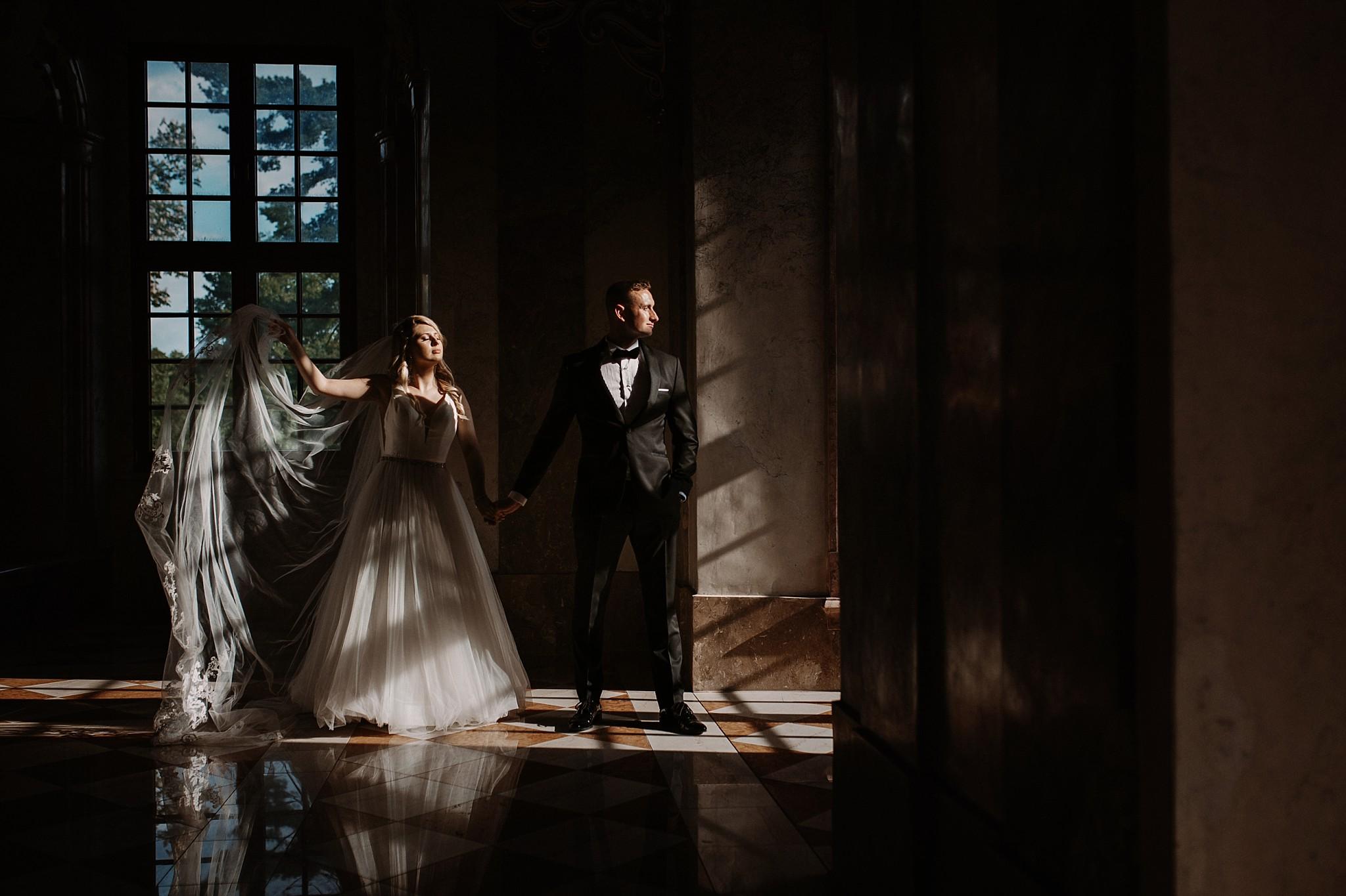 lubiaz opactwo cystersow sesja na zamku sesja zdjeciowa sesja slubna w palacu sesja palac fotograf z poznania fotografia slubna poznan 107