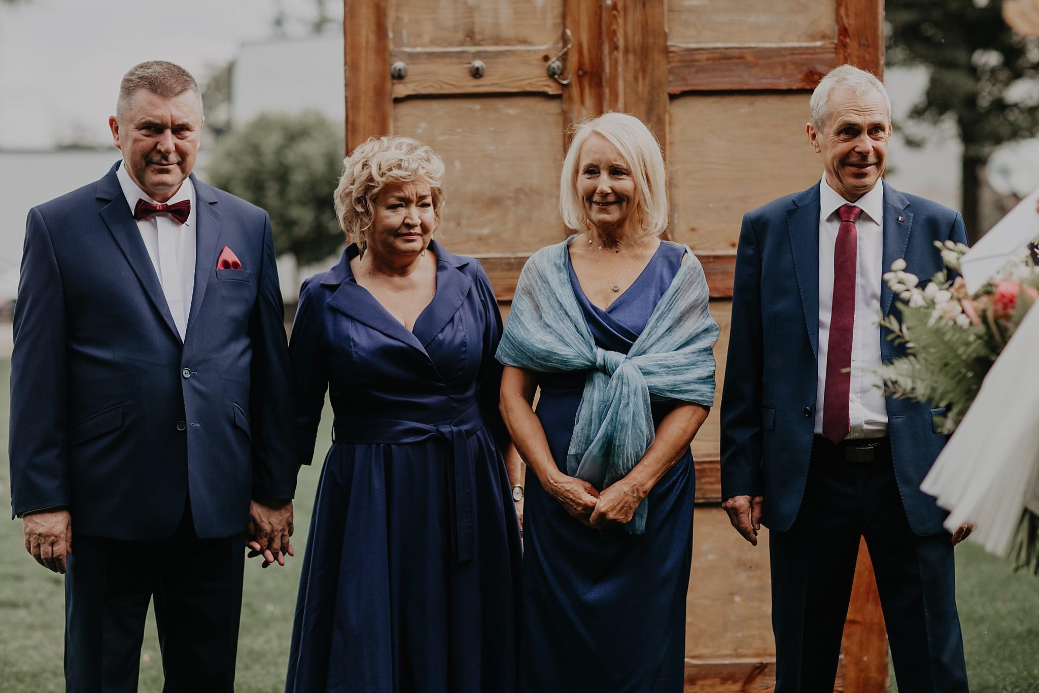 fotograf poznan wesele dobra truskawka piekne wesele pod poznaniem wesele w dobrej truskawce piekna para mloda slub marzen slub koronawirus slub listopad wesele koronawirus 097
