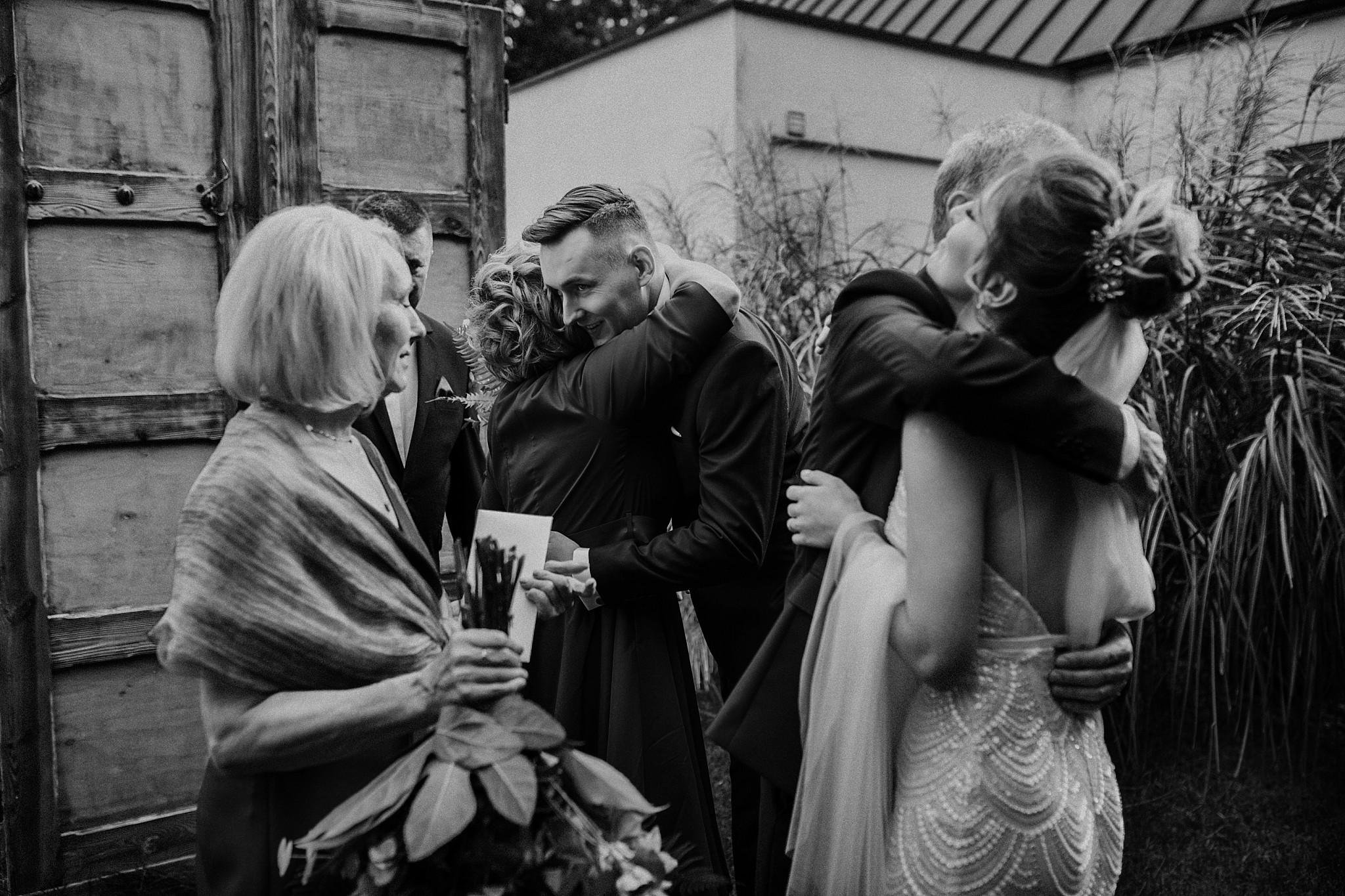 fotograf poznan wesele dobra truskawka piekne wesele pod poznaniem wesele w dobrej truskawce piekna para mloda slub marzen slub koronawirus slub listopad wesele koronawirus 102