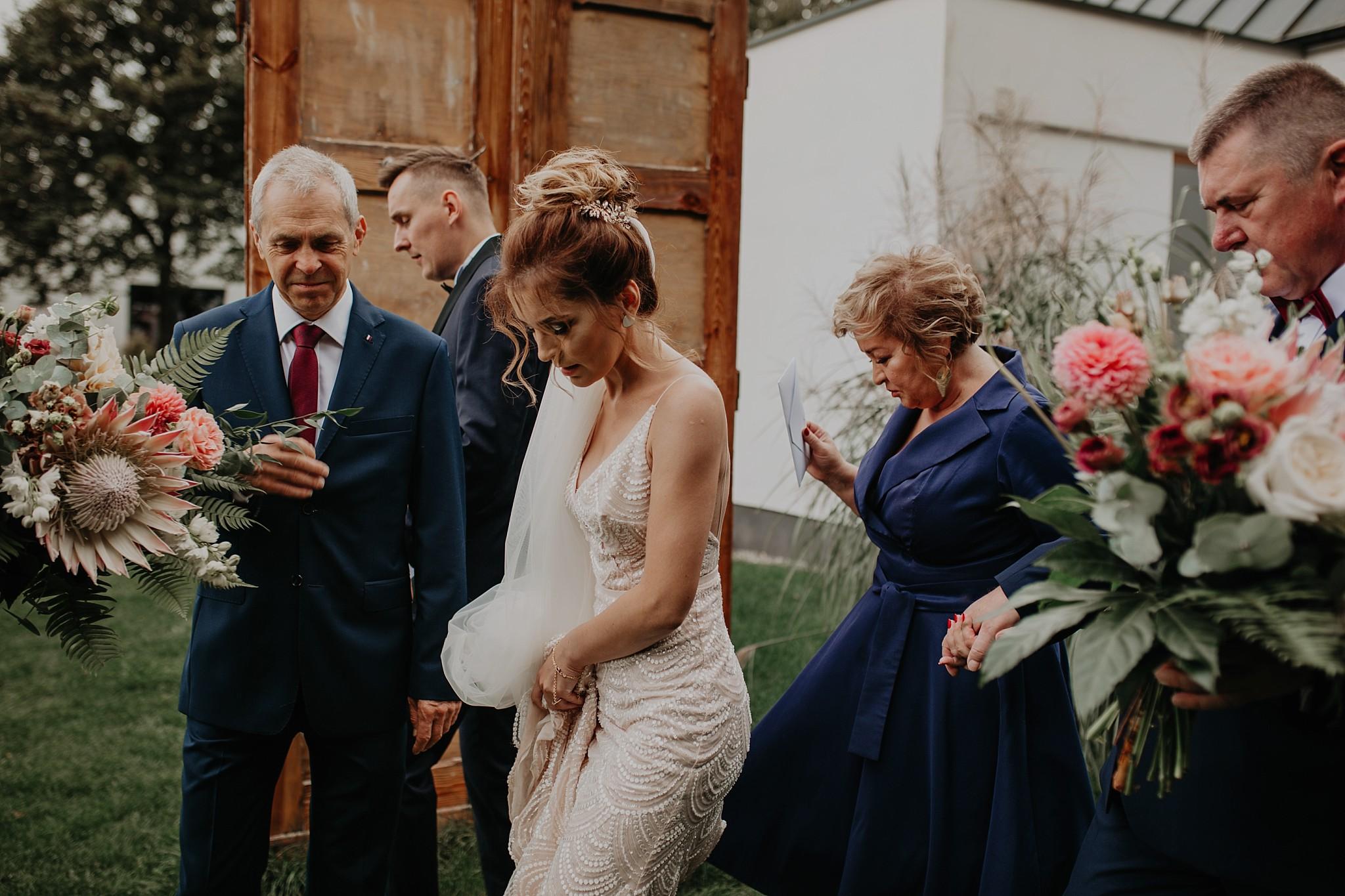 fotograf poznan wesele dobra truskawka piekne wesele pod poznaniem wesele w dobrej truskawce piekna para mloda slub marzen slub koronawirus slub listopad wesele koronawirus 110