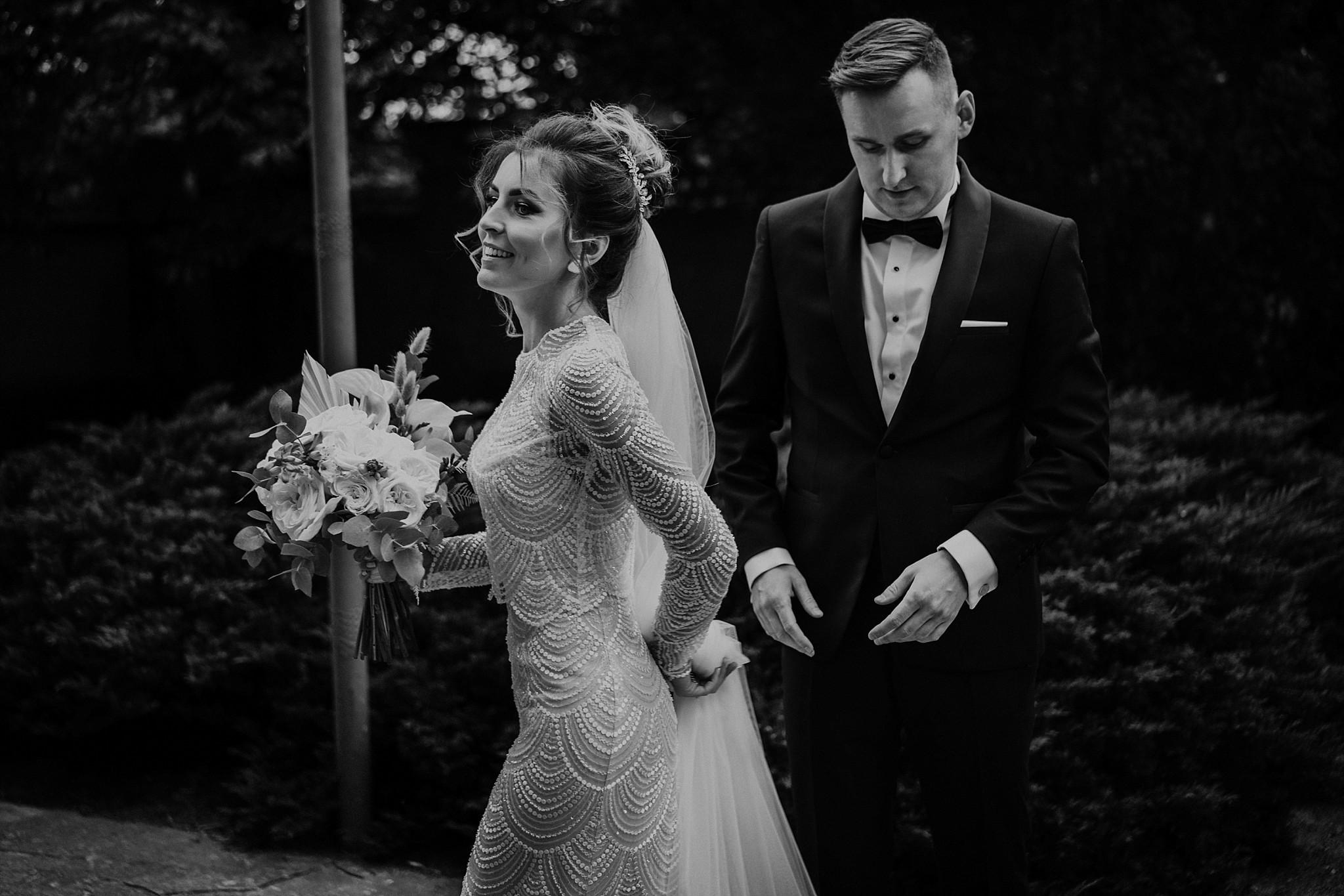 fotograf poznan wesele dobra truskawka piekne wesele pod poznaniem wesele w dobrej truskawce piekna para mloda slub marzen slub koronawirus slub listopad wesele koronawirus 127