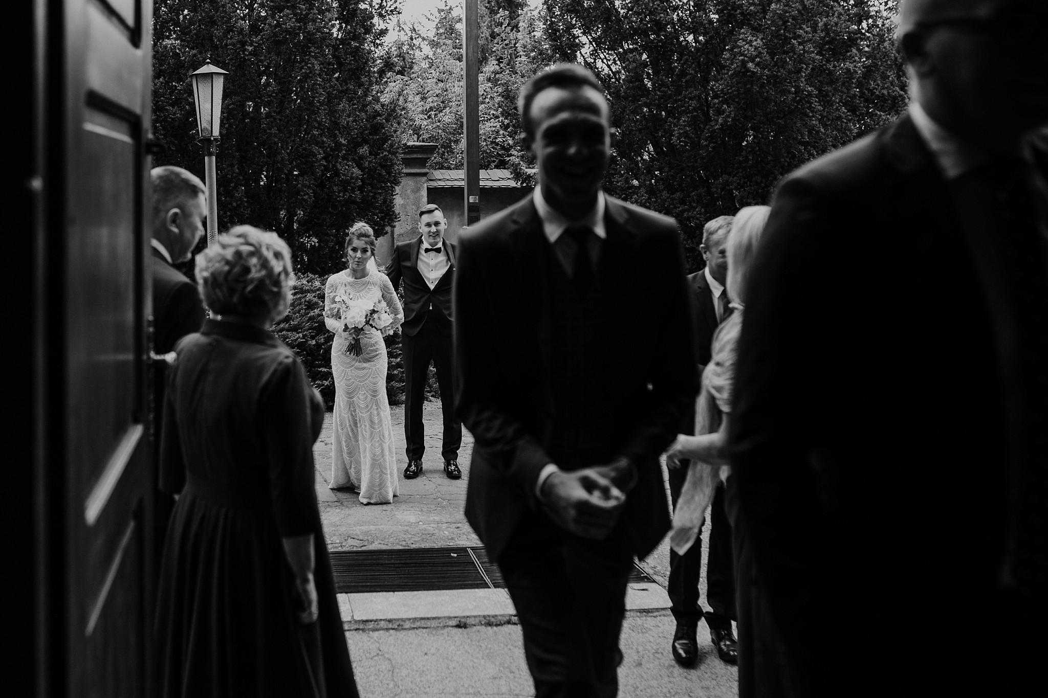 fotograf poznan wesele dobra truskawka piekne wesele pod poznaniem wesele w dobrej truskawce piekna para mloda slub marzen slub koronawirus slub listopad wesele koronawirus 137
