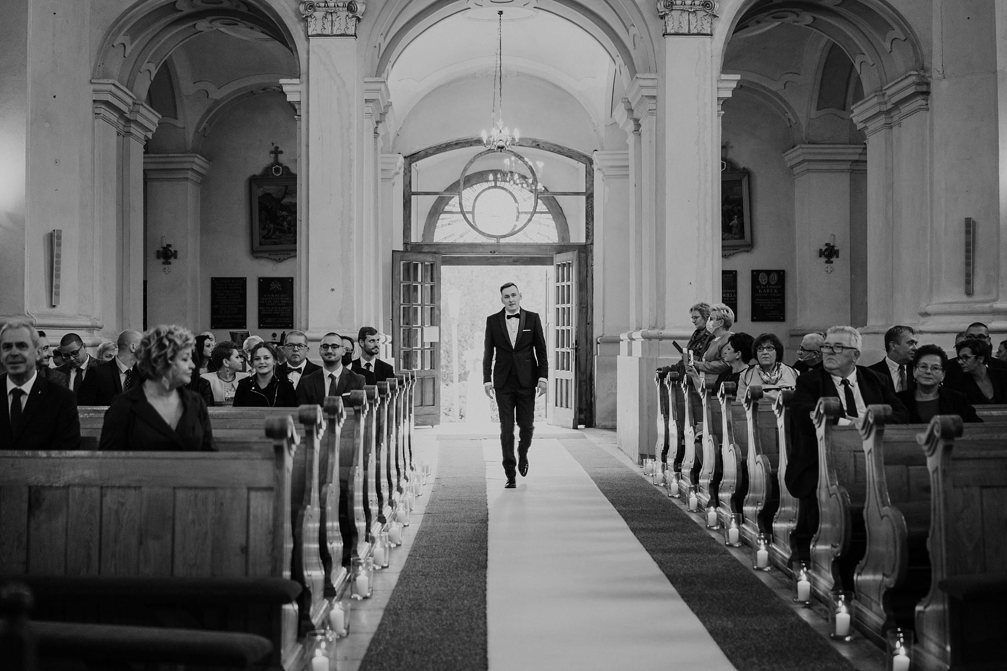 fotograf poznan wesele dobra truskawka piekne wesele pod poznaniem wesele w dobrej truskawce piekna para mloda slub marzen slub koronawirus slub listopad wesele koronawirus 141