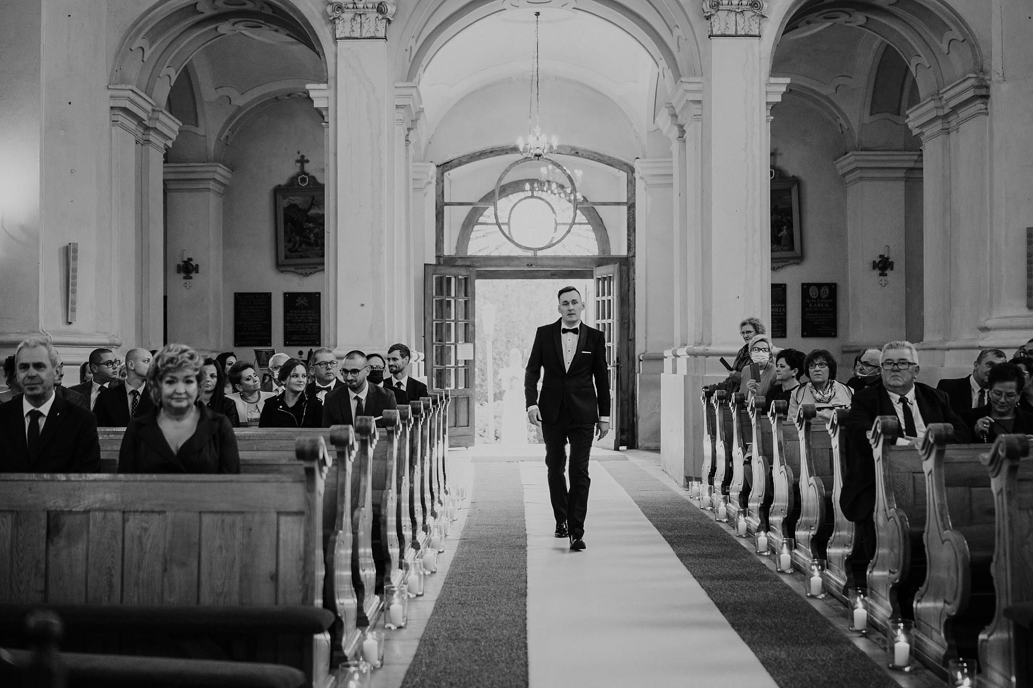 fotograf poznan wesele dobra truskawka piekne wesele pod poznaniem wesele w dobrej truskawce piekna para mloda slub marzen slub koronawirus slub listopad wesele koronawirus 142