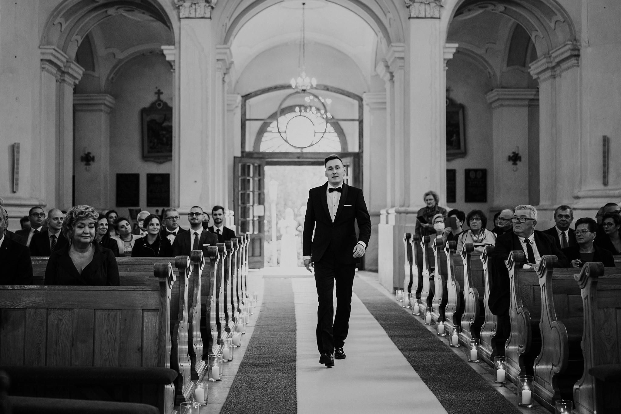 fotograf poznan wesele dobra truskawka piekne wesele pod poznaniem wesele w dobrej truskawce piekna para mloda slub marzen slub koronawirus slub listopad wesele koronawirus 143
