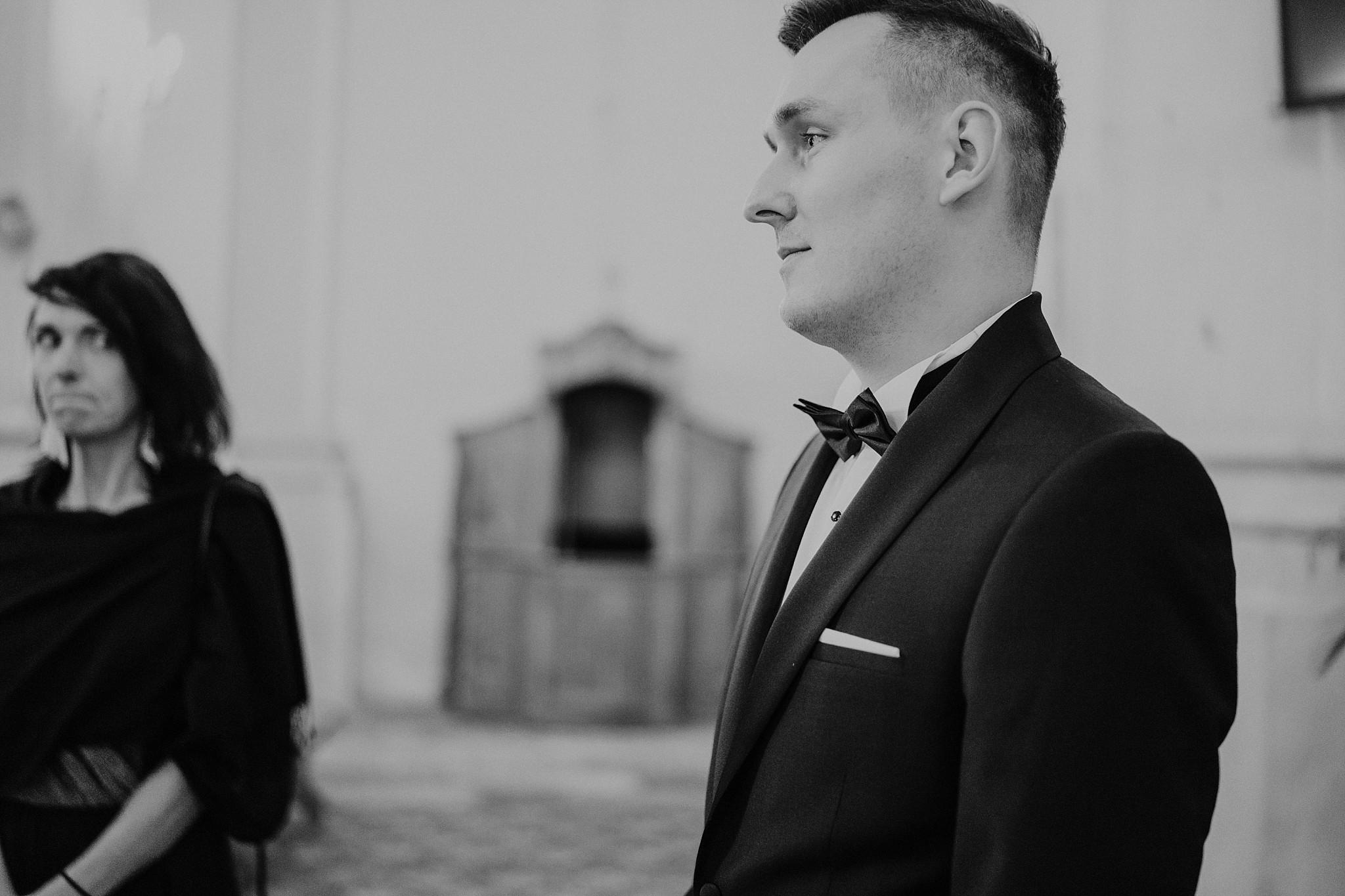 fotograf poznan wesele dobra truskawka piekne wesele pod poznaniem wesele w dobrej truskawce piekna para mloda slub marzen slub koronawirus slub listopad wesele koronawirus 146