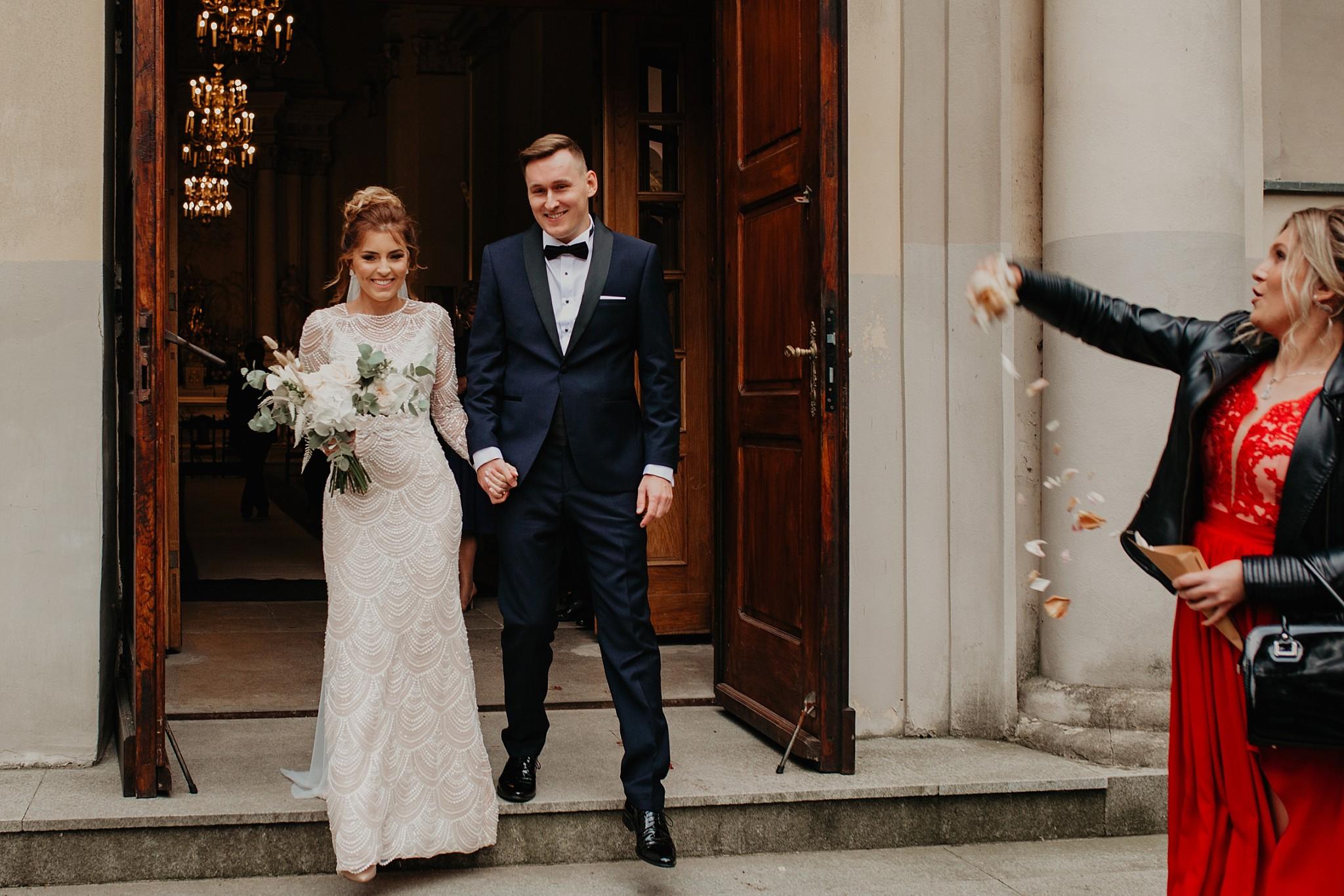 fotograf poznan wesele dobra truskawka piekne wesele pod poznaniem wesele w dobrej truskawce piekna para mloda slub marzen slub koronawirus slub listopad wesele koronawirus 215