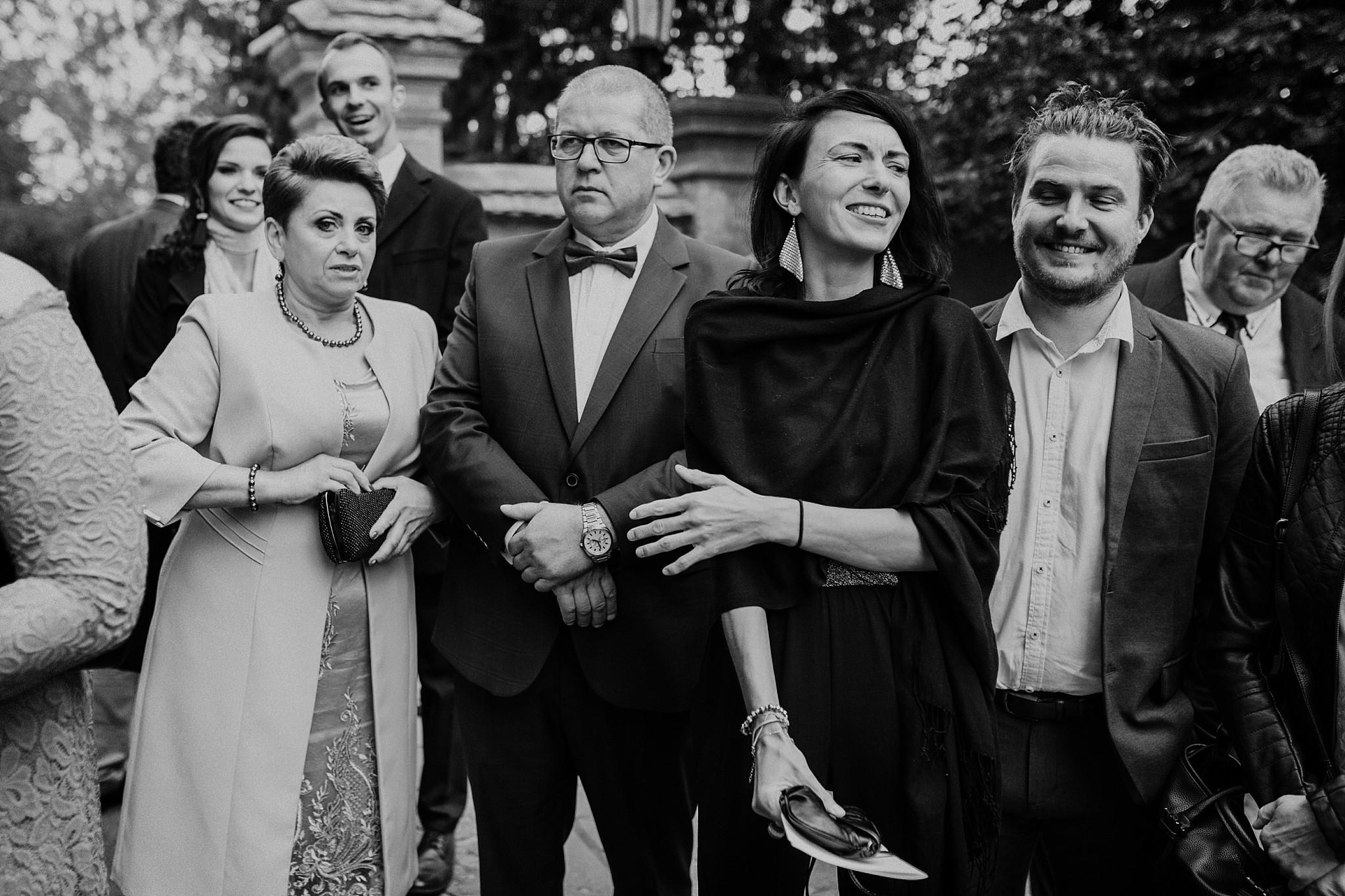 fotograf poznan wesele dobra truskawka piekne wesele pod poznaniem wesele w dobrej truskawce piekna para mloda slub marzen slub koronawirus slub listopad wesele koronawirus 226