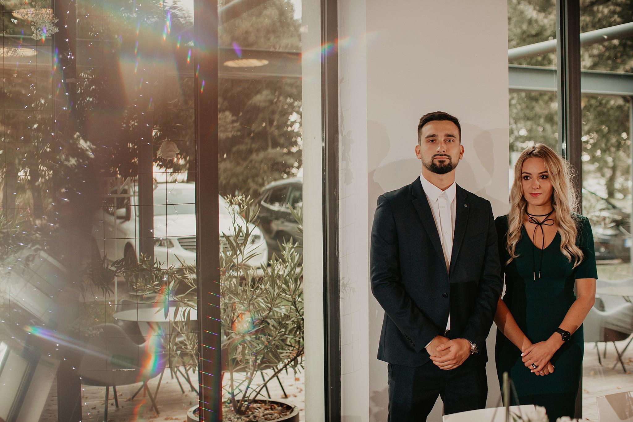 fotograf poznan wesele dobra truskawka piekne wesele pod poznaniem wesele w dobrej truskawce piekna para mloda slub marzen slub koronawirus slub listopad wesele koronawirus 280