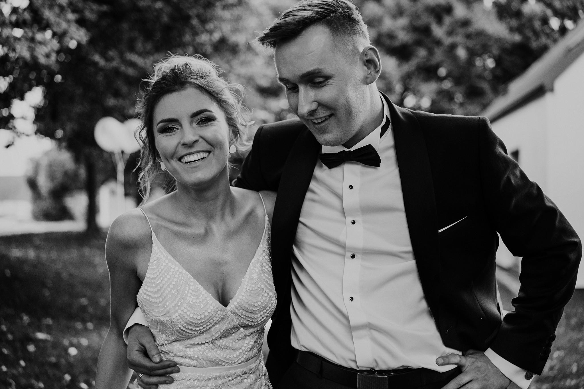 fotograf poznan wesele dobra truskawka piekne wesele pod poznaniem wesele w dobrej truskawce piekna para mloda slub marzen slub koronawirus slub listopad wesele koronawirus 357