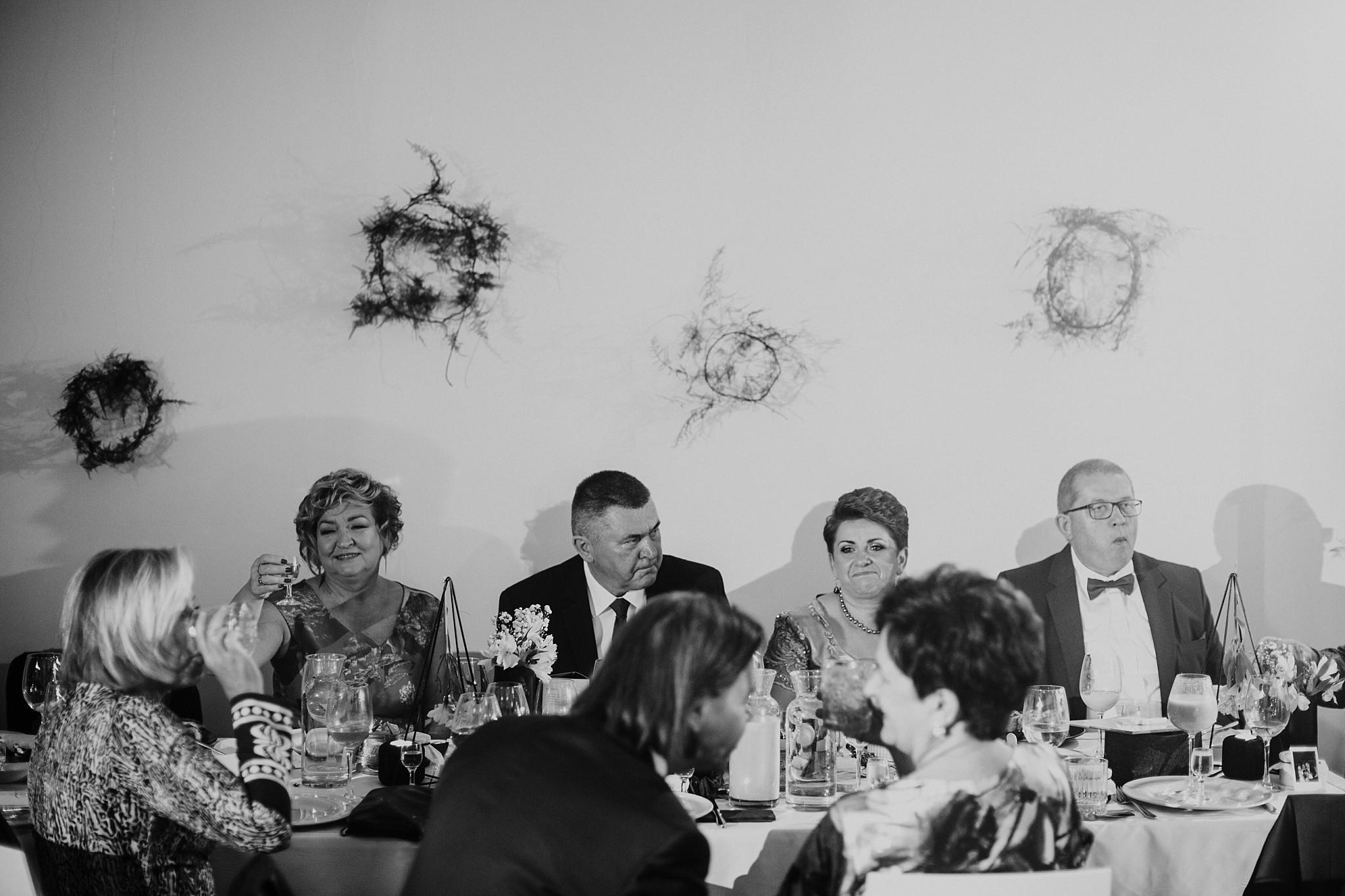 fotograf poznan wesele dobra truskawka piekne wesele pod poznaniem wesele w dobrej truskawce piekna para mloda slub marzen slub koronawirus slub listopad wesele koronawirus 461