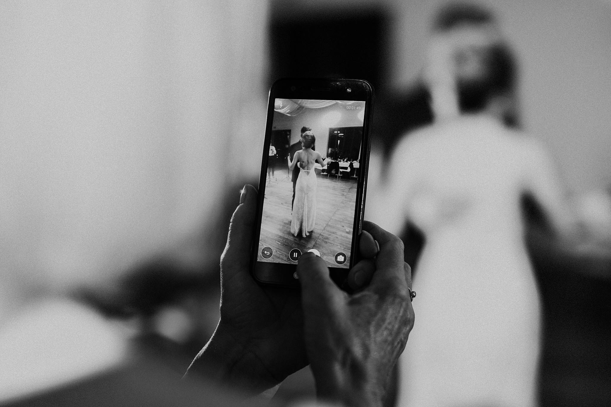 fotograf poznan wesele dobra truskawka piekne wesele pod poznaniem wesele w dobrej truskawce piekna para mloda slub marzen slub koronawirus slub listopad wesele koronawirus 466