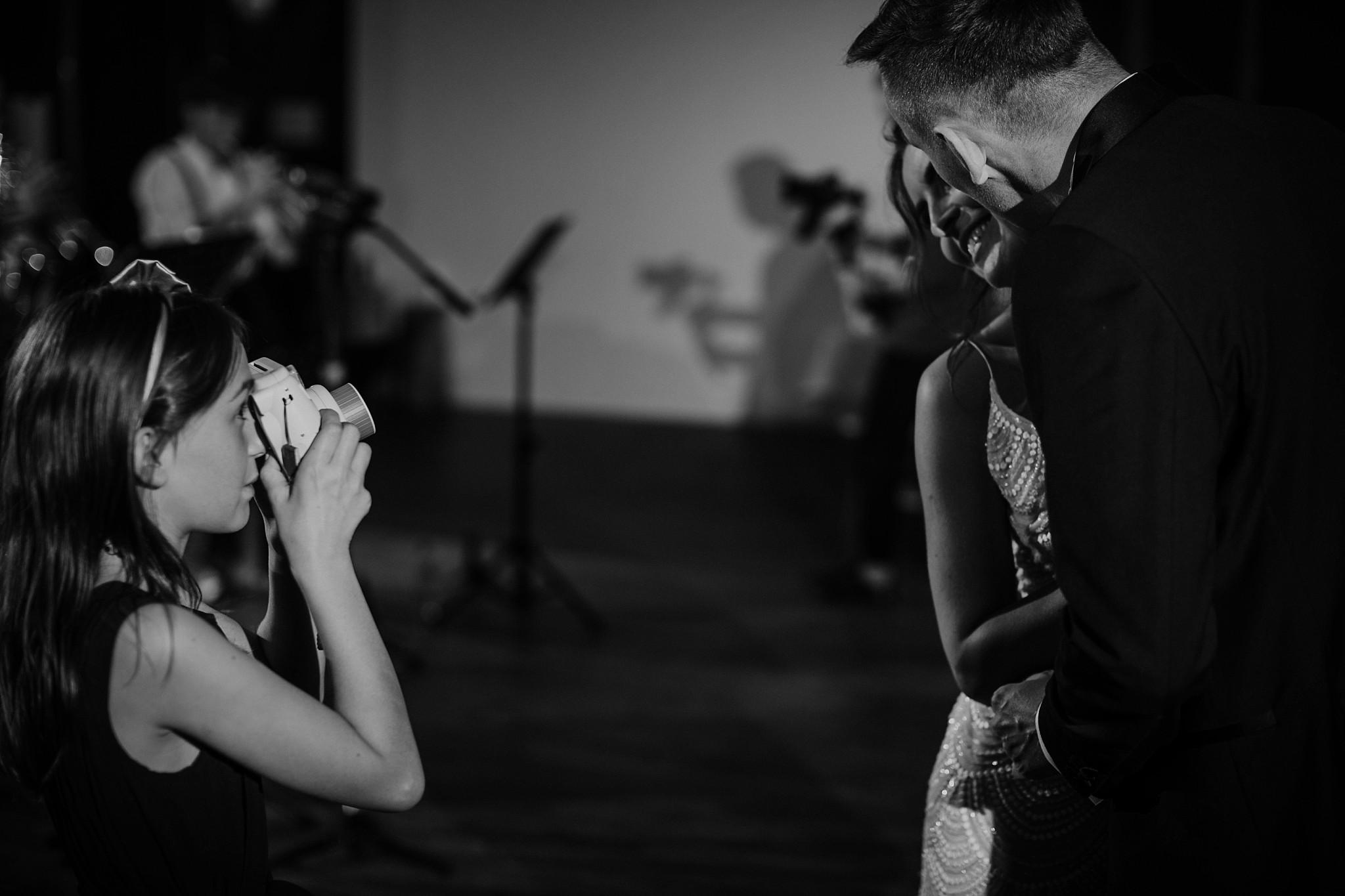 fotograf poznan wesele dobra truskawka piekne wesele pod poznaniem wesele w dobrej truskawce piekna para mloda slub marzen slub koronawirus slub listopad wesele koronawirus 468