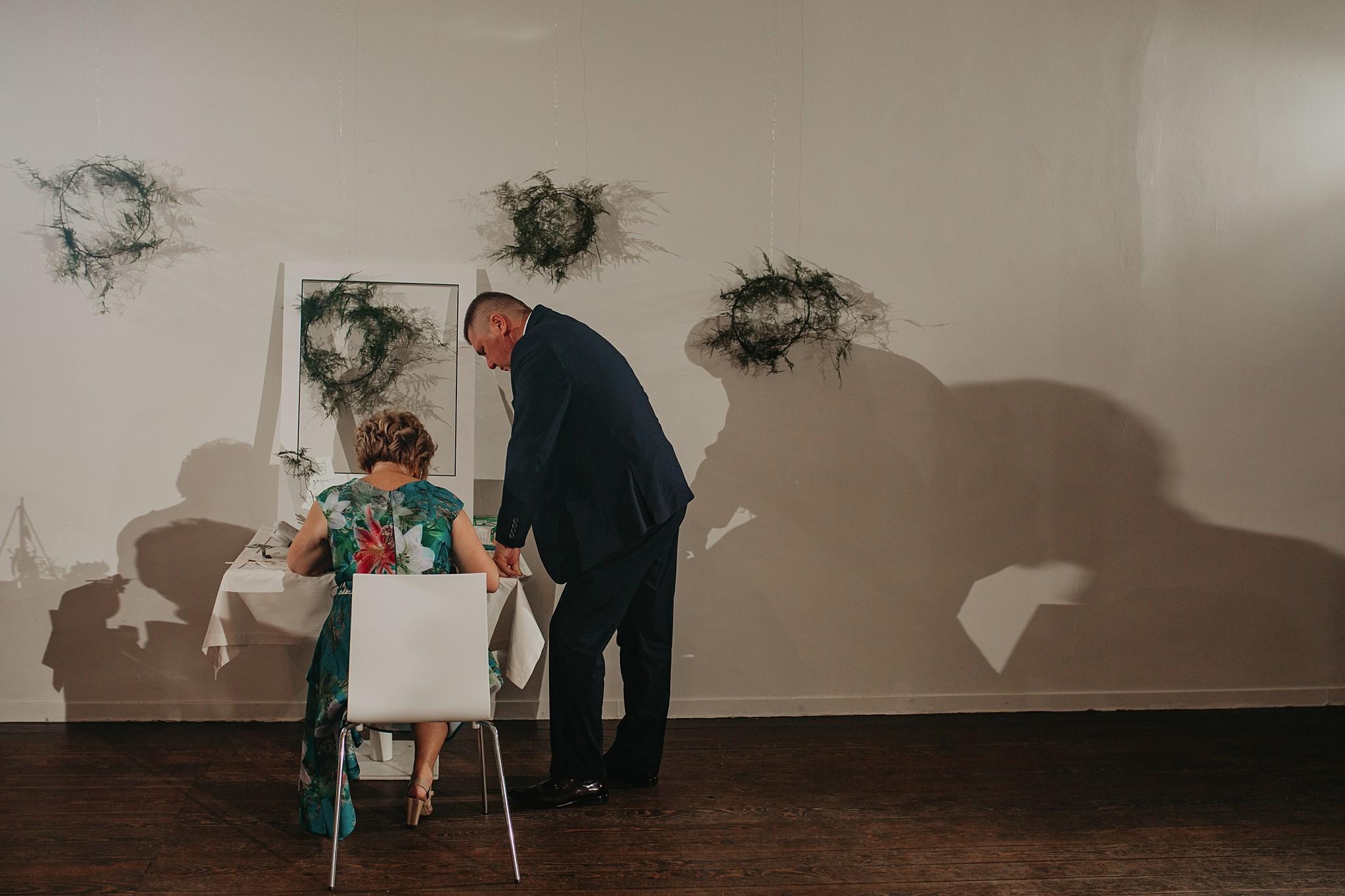 fotograf poznan wesele dobra truskawka piekne wesele pod poznaniem wesele w dobrej truskawce piekna para mloda slub marzen slub koronawirus slub listopad wesele koronawirus 488